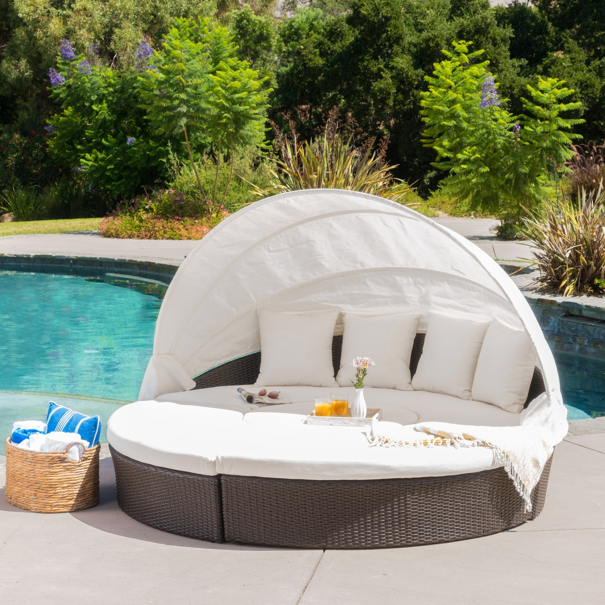 La Mesa Outdoor Aluminum Wicker Daybed with Ice Bucket by Christopher Knight Home f0 4b60 42eb abdb 068c9f3b2d39