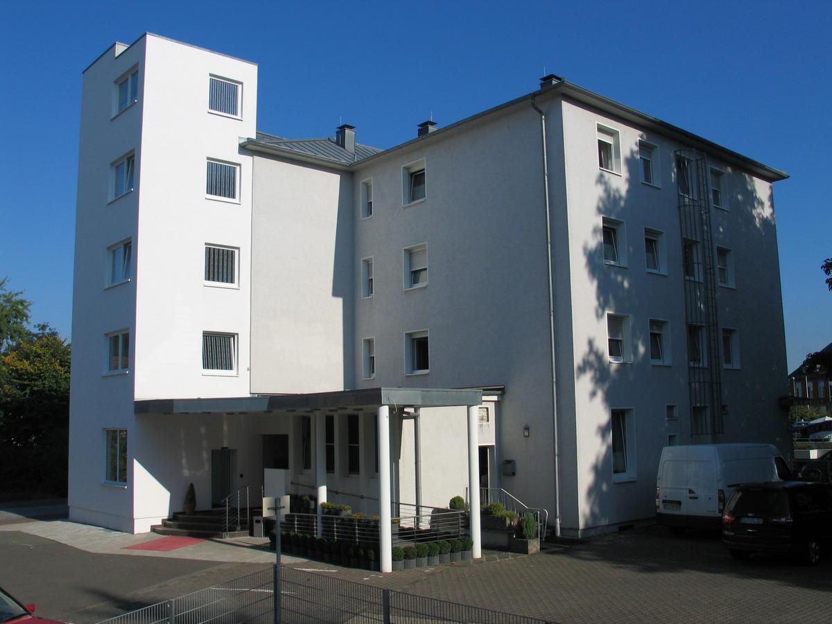 Hotel Blesius Garten Trier Elegant Ringhotel Parkhotel Saarlouis Germany Booking