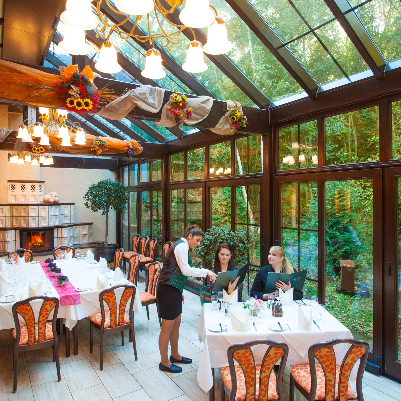 Wald Cafe Hotel Restaurant Bonn Restaurant 10