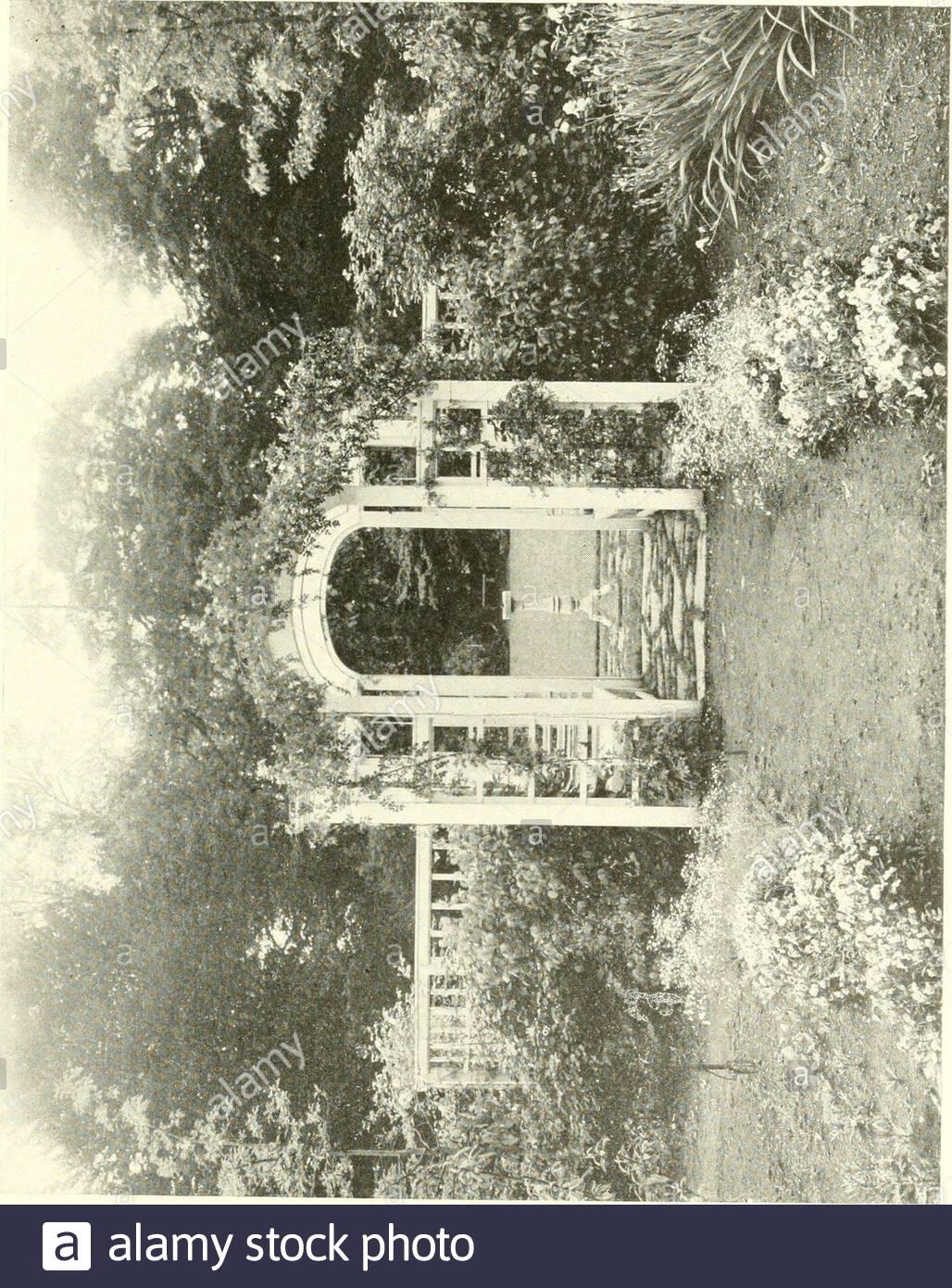 Pavillon Für Garten Elegant T A T U Stock S & T A T U Stock Page 10 Alamy