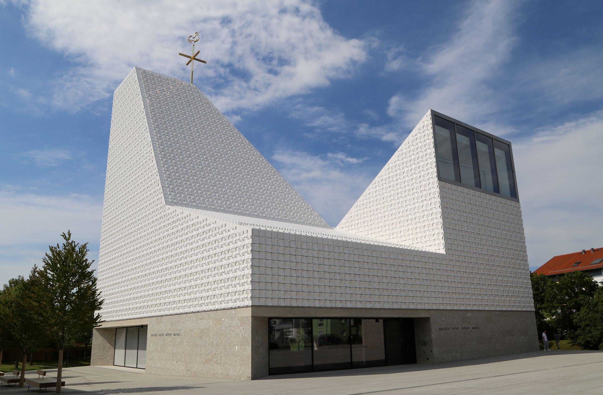 Kirche Seliger Pater Rupert Mayer Poing 3